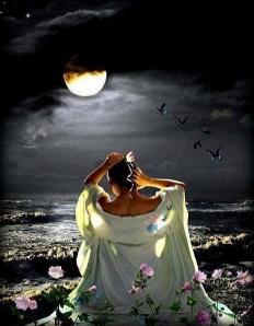 288 19 Mujer Mar Luna